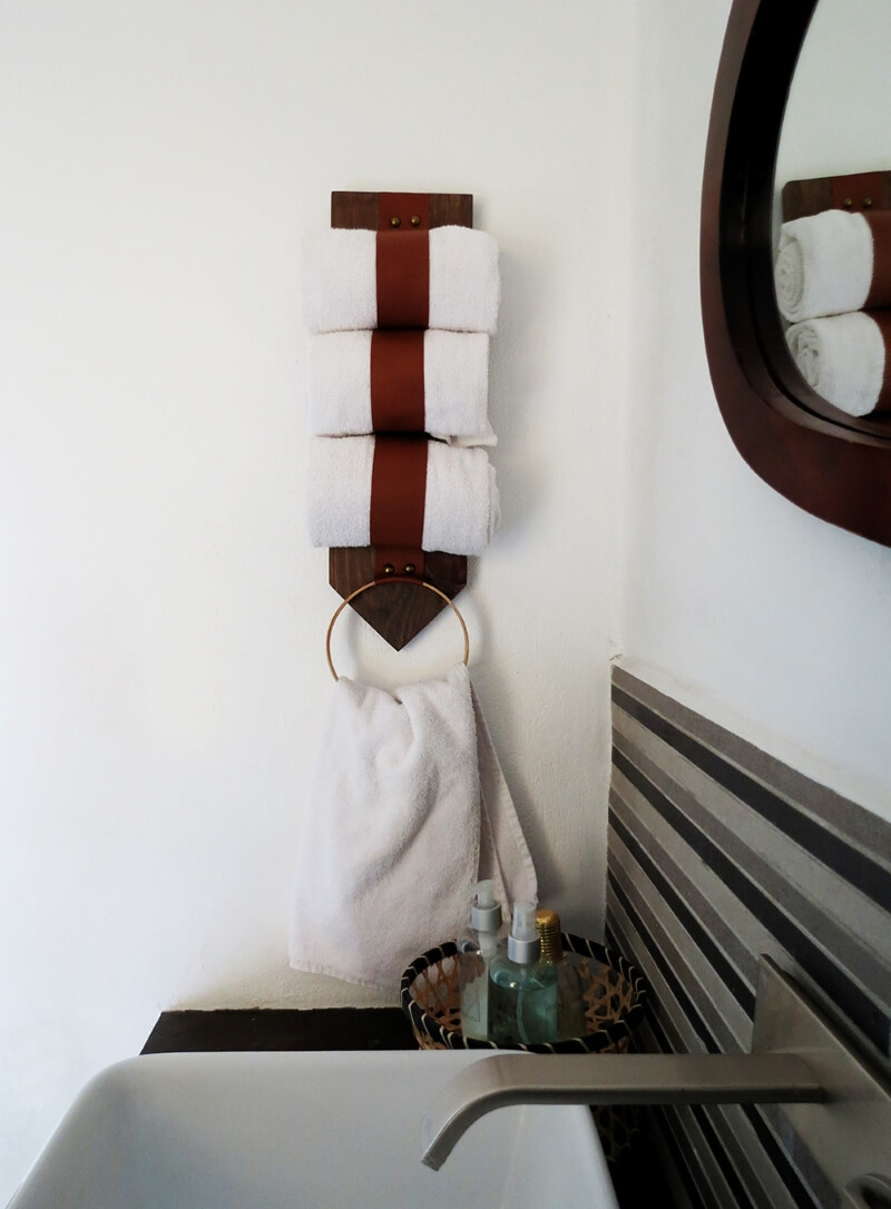 Diy Towel Storage Idea For A Small Bathroom Grillo Designs