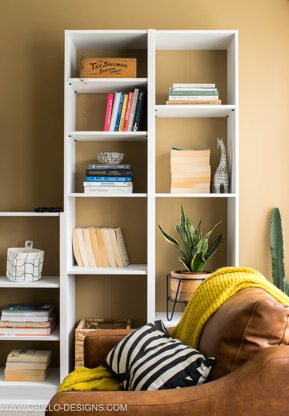 Renter Friendly Built in Bookcase Wall (with Argos Home)