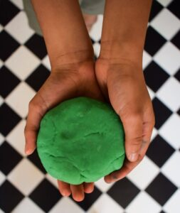 7 Easy Playdough Recipes to Try Right now!