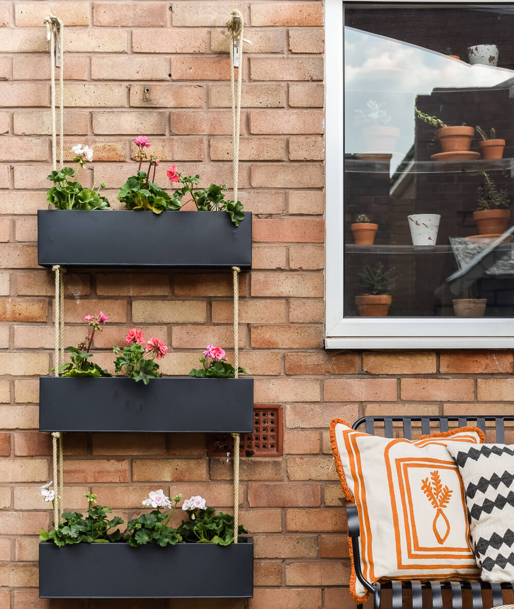 DIY OUTDOOR HANGING PLANTER (with Habitat)