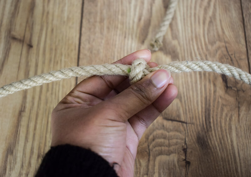 Make knots in the rope where you have marked