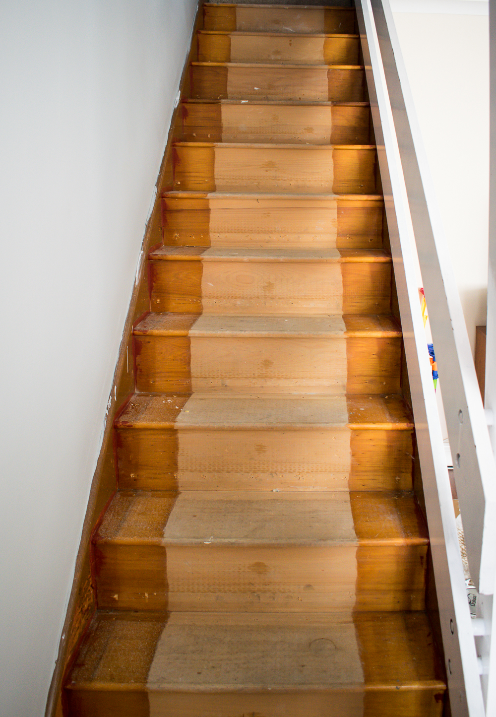 Wooden staircase without carpet