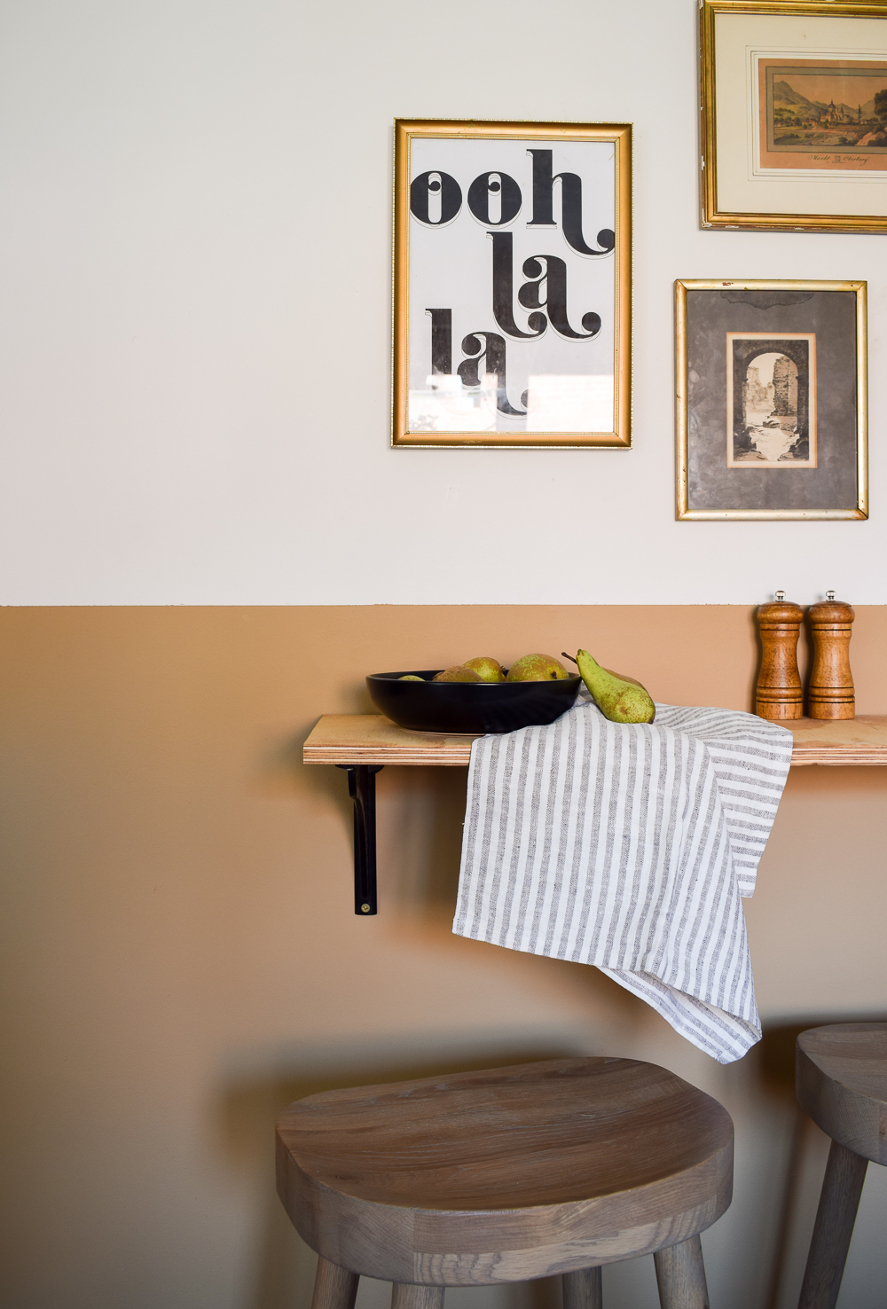 Linen teacloth atop a breakfast bar