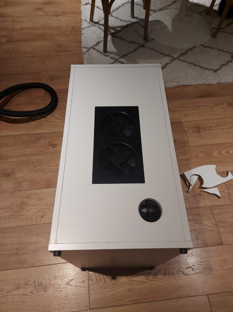 Air plate secured to the back of the alex cabinet